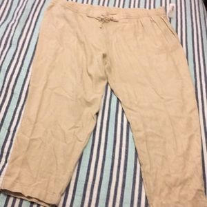 NWT loose fit crops